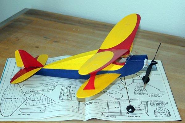 Flying Models - Barnstormers - May 2013